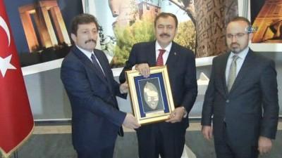 - Eroğlu: 'En çok kişi başına yatırım yapılan yer Çanakkale'dir'