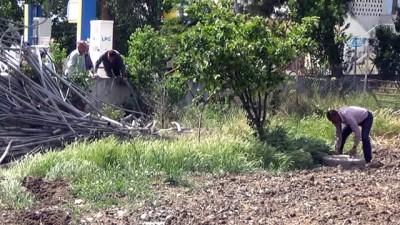 Kontrolünü kaybettiği otomobille akaryakıt istasyonu duvarına çarptı: 1 ölü