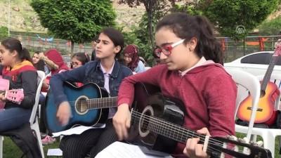 Mardin'de '2. Geleneksel Bahar Şenlikleri'