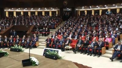 Cumhurbaşkanı Erdoğan: 'Biz Batı'nın oyunlarını bozmak ile mükellefiz'