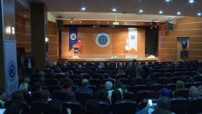 Dışişleri Bakanı Çavuşoğlu, öğrencilerle buluştu (1) - İSTANBUL