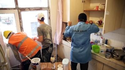 İhtiyaç sahiplerinin evlerini öğrenciler yeniliyor - TRABZON