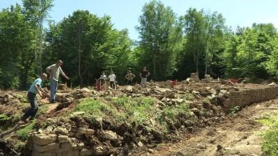 arkeolojik kazi - Bosna'nın 'en eski Müslüman mezarlığı' gün yüzüne çıkarılıyor - USTİKOLİNA