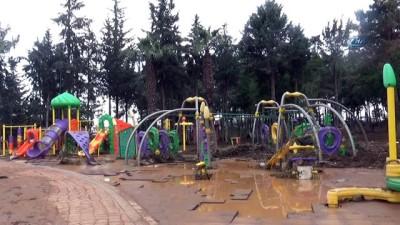 Kilis'te sel suları çekildi, tahribat gün yüzüne çıktı