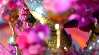 5 Milyon dolarlık Hint düğünü sona erdi... 4 Gün 4 gece süren Hint düğününde milyon dolarlar harcandı