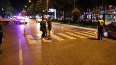 Anneleri gününde annesinden trafik kazası ayırdı... Kahramanmaraş'ta feci kaza: 1 ölü 1 yaralı - Yaya geçidinde feci ölüm