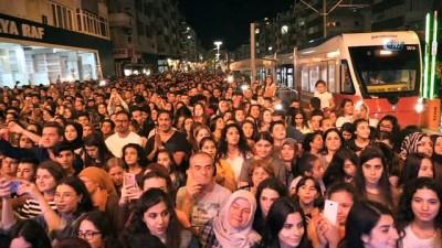 Göksel, Şarampol şenliklerinde Antalyalıları coşturdu