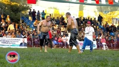 Hünkar Çayırı Yağlı Güreşleri'nde şampiyon Ali Gürbüz oldu