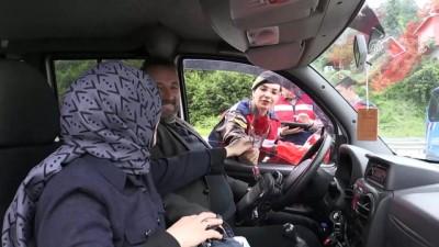 Jandarmadan annelere çiçekli kutlama - RİZE