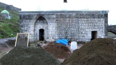Kars'ta, 17. yüzyıldan kalma top güllesi bulundu