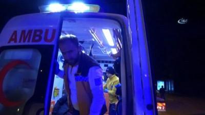 Kazada 5 kişi yaralandı 1 mahallenin elektriği kesildi
