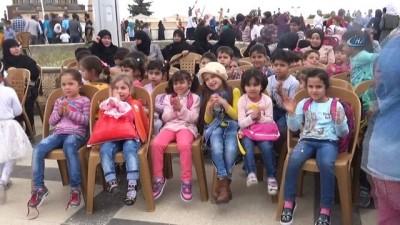 Suriyeli Yetim çocuklar uçurtma şenliğinde doyasıya eğlendi
