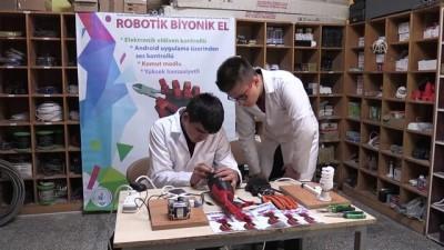 Liseliler tehlikeli işler için 'biyonik el' yaptı - DENİZLİ