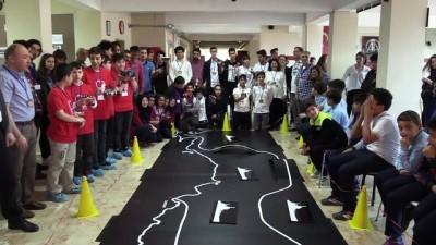 Öğrencilerin robotları 'egemenlik yolunda' yarıştı - ZONGULDAK