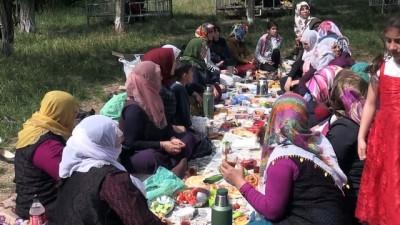Bitlisli 2 bin kadın farklı kültürlerle tanıştı