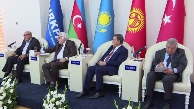 Cengiz Aytmatov Azerbaycan'da anıldı - BAKÜ