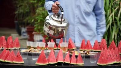 Çin'de ilk iftar açıldı - PEKİN