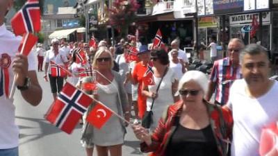 - Norveç milli bayramı Kemer'de kutlandı