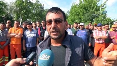 Süpürge attılar, kontak kapattılar...CHP'li belediye işçilerinin maaş alamadığı iddiası