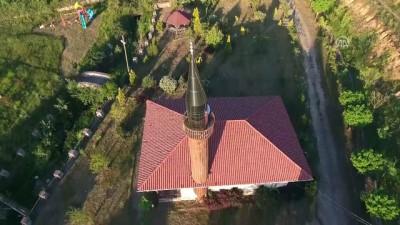 Tarihi 'çivisiz' camiler ziyaretçilerini büyülüyor - DÜZCE