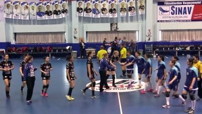 Hentbol - Kastamonu Belediyespor: 33 - Anadolu Üniversitesi: 30 - KASTAMONU