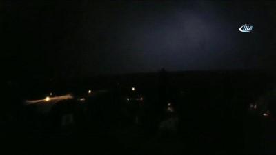 Yavuzeli'nde düşen yıldırım 6 evi elektriksiz bıraktı
