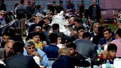 Başbakan Yıldırım: 'Bingöl'e büyük bir süt entegre tesisi kuruyoruz' - BİNGÖL