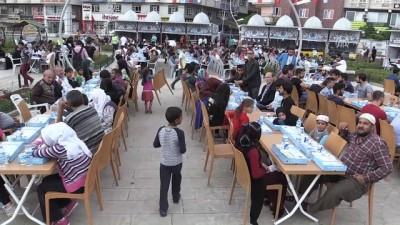 Vatandaşlar 'Siirt' sofrasında buluştu - SİİRT