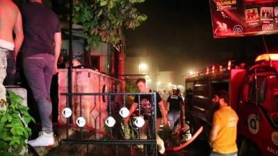 Tarihi Kaleiçi'nde yangın - ANTALYA
