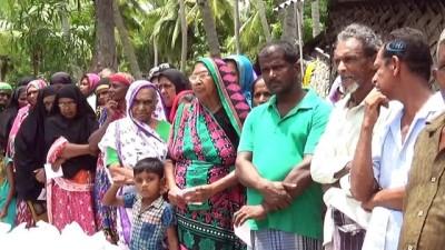 - Türkiye, Sri Lankalı Müslümanların yüzünü güldürdü - Ülkedeki bin 20 yoksul Müslümana kumanya dağıtılıp, fitre verildi