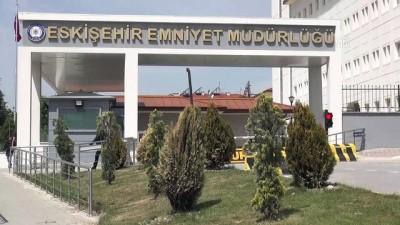 """FETÖ'nün 'Altın çocuğu"""" ve eşine polis operasyonu (2) - ESKİŞEHİR"""