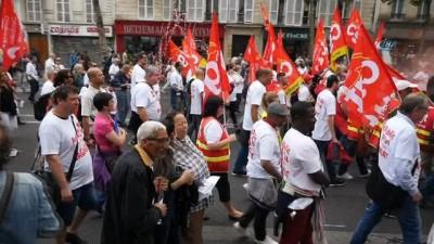- Fransa'da binlerce kamu çalışanı Macron'un reformlarına karşı yürüdü