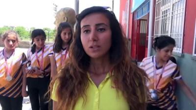 Köydeki kızların bocce şampiyonası heyecanı - ŞIRNAK
