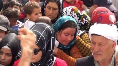 Öncüpınar'da Suriyelilerin bayram hareketliliği