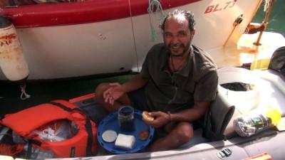 Somalı madenciler için kanoyla yolculuk yapıyor - ANTALYA
