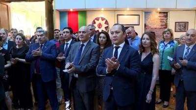 Azerbaycan'ın kuruluşunu konu alan fotoğraf sergisi açıldı - BAKÜ