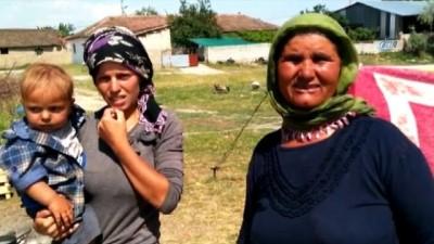 Denizli'de aile dramı... Eşi cezaevine giren kadın 2 çocuğu ile otomobilde yaşıyor