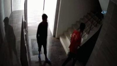 Bebek arabası ve ayakkabı çalan hırsızlar önce kameralara sonra polise yakalandı