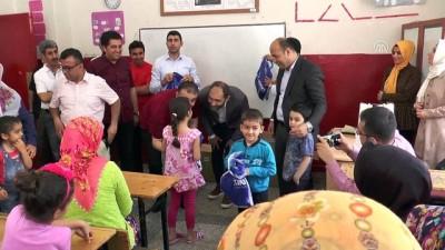 Terör mağduru çocuklara bayram hediyesi - DİYARBAKIR
