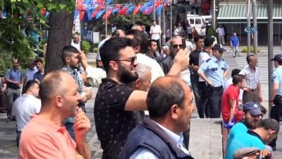yangin yeri -  Trabzon'da şehir merkezinde yangın paniği