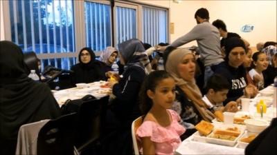 - Fransa'da Türkler eski Ramazanları yaşatıyor