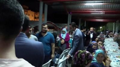 en yasli kadin - Hamza Dağ vatandaşlarla sahur yaptı - İZMİR
