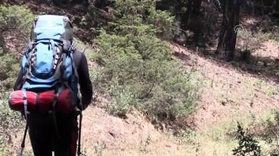 Kanser hastaları için 868 kilometre yürüdü - UŞAK