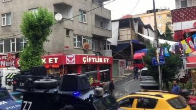 polis ekipleri - Sultangazi'de silahlı kavga: 5 yaralı - İSTANBUL