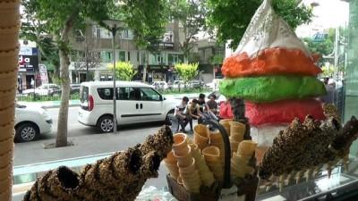 Her dondurma Maraş dondurması olarak satılamayacak