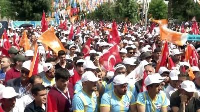 Başbakan Yıldırım: 'PKK denen proje örgütün, bölücü örgütün Kürtler diye bir sorunu yok' - SİİRT
