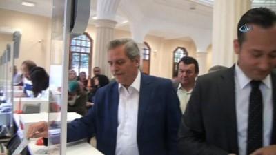 Başkan Saraçoğlu ve belediye meclis üyelerinden Cumhurbaşkanı Erdoğan'ın kampanyasına destek
