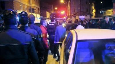 bicakli kavga -  Erzurum'da 100 kişinin karıştığı kavgada 1'i polis 5 kişi yaralandı
