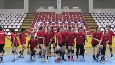 Kadın Milli Hentbol Takımı destek bekliyor - AMASYA