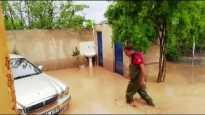 Şanlıurfa'da şiddetli yağış